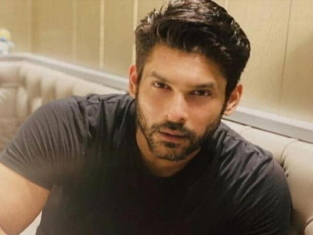 Video : 3 Doctors For Actor Sidharth Shukla's Autopsy, Report Today