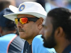 ENG vs IND: Ravi Shastri, 2 Other Support Staff Members Return Positive RT-PCR Test Results, Says Report
