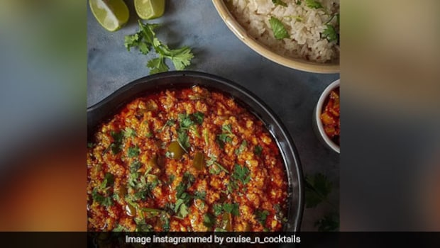 Paneer Ghotala Recipe: Give A Masaledaar Twist To A Regular Paneer Curry With This Recipe