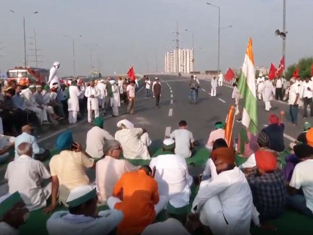 Video : Emergency Services Not Affected: Farmer Leader On 'Bharat Bandh' In UP