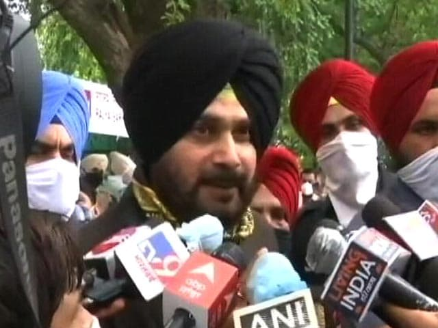Video : Congress In Turmoil As Navjot Sidhu Quits As Punjab Unit Chief
