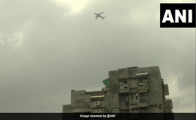 Buildings In Delhi's Vasant Kunj Ordered To Cut Height, Residents Worry