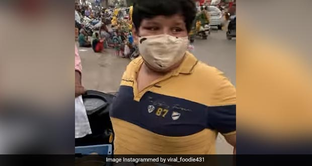 Watch: This 14-Year-Old Food Vendor From Ahmedabad Moves Internet With His Story