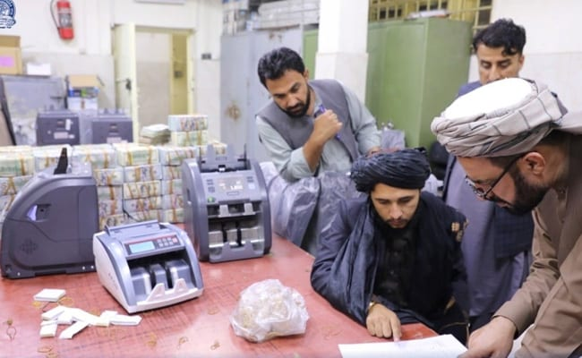 Over $12 Million Seized From Ex-Officials As Cash Crunch Hits Afghanistan