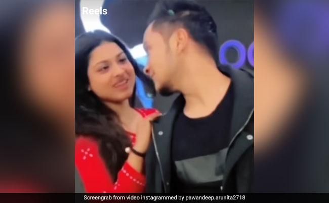 पवनदीप राजन और अरुणिता कांजीलाल का रोमांटिक वीडियो वायरल, आंखों में आंखें डाल एकटक देखते आए नजर