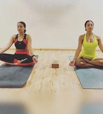 Malaika Arora  Finds A New Yoga Partner In Aishwaryaa Dhanush