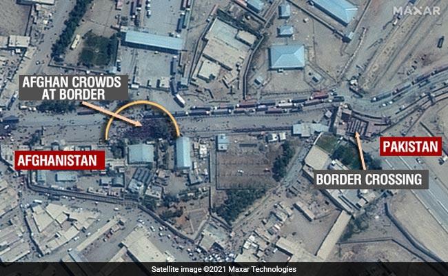 विशेष: पाक सीमा पर हजारों अफगानों की सैटेलाइट तस्वीरें
