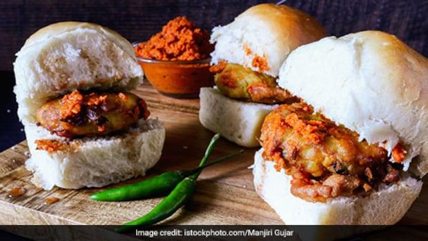 Chicken Vada Pav, Ulta Vada Pav And More: 5 Vada Pav Recipes You Must Try