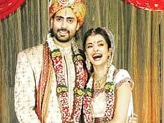 "A Pic From Abhishek And Aishwarya Rai Bachchan's Wedding? Nah, It's ""Photoshopped,"" He Tweets"