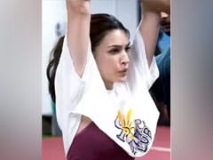 """Kriti Sanon's Prep For <I>Ganapath</i> Is The Most Intense Episode Of Her """"Sweat Series"""""""