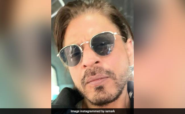 Turns Out, Even Shah Rukh Khan Can Have 'FOMO' But 'Picture Abhi Baaki Hai'