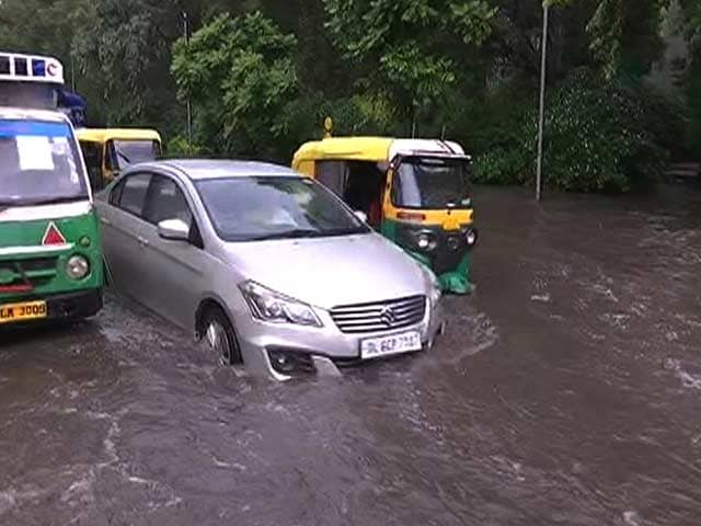 Video : Downpour In Delhi Leaves Several Areas Water-Logged, 'Orange Alert' Issued