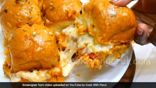 Crispy Cheesy Pav: Make A Fuss Free Cheesy Snack Easily At Home