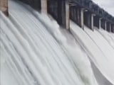 Video : Nearly 2 Lakh Cusecs Of Water Released From Gujarat's Ukai Dam