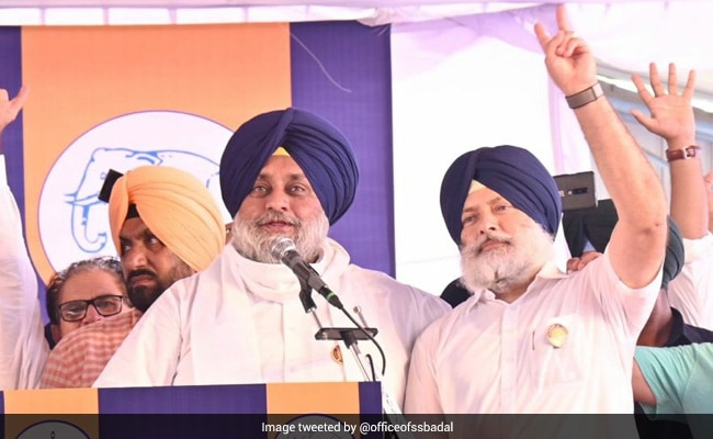 Force Used To Disperse Farmers Trying To Disrupt Sukhbir Badal's Punjab Event