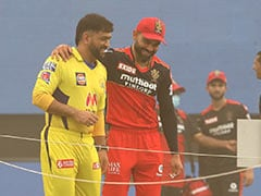 IPL 2021: MS Dhoni, Virat Kohli Engrossed In Conversation As Sandstorm Delays Toss At Sharjah. Watch