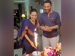 How Ankita Lokhande And Boyfriend Vicky Jain Celebrated <i>Pavitra Rishta</i> Release