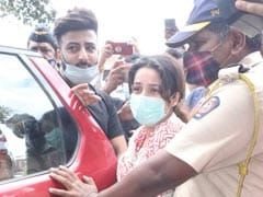 Sidharth Shukla's Cremation: An Emotional Shehnaaz Gill, Rashami Desai And Others Attend