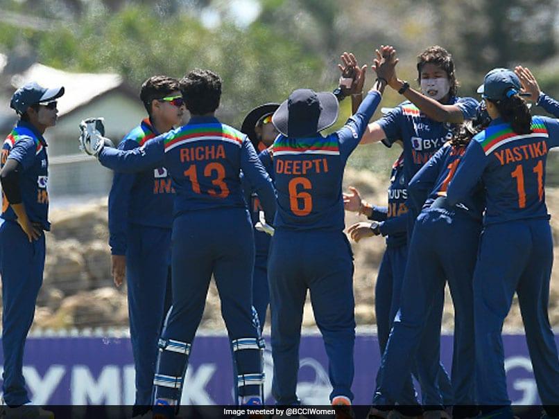 India Women End Australia Womens 26-Match Winning Streak With 2-Wicket Win In 3rd ODI
