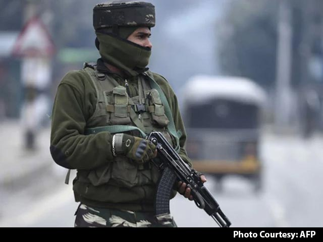 Video : Army Officer, 4 Personnel Killed In Encounter In Jammu And Kashmir