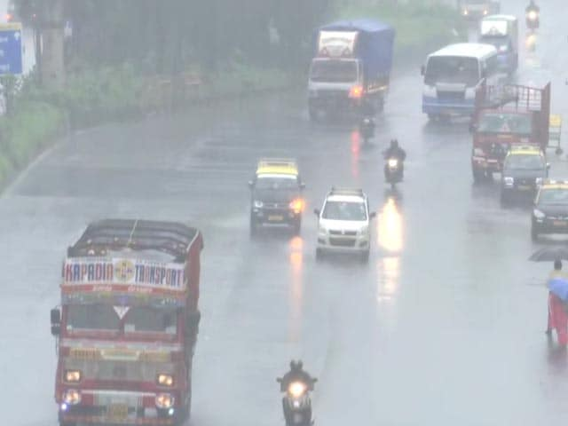 Video : Rain In Several Parts Of Mumbai