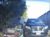 Video : सड़क पर बुरी तरह पलटी कार, फिर भी ड्राइवर को नहीं आई एक भी खरोंच