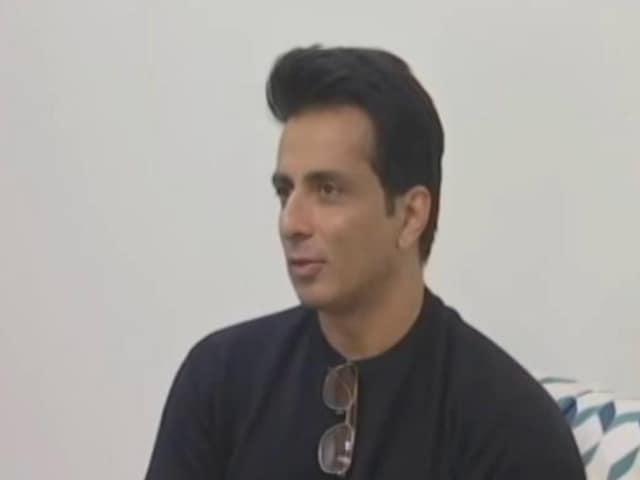 Video : Raids At Homes Of Actor Sonu Sood, Activist Harsh Mander