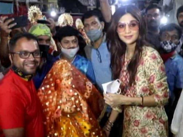 """Video : """"<i>Ganpati Bappa Morya</i>,"""" Chants Shilpa Shetty As She Brings Bappa Home"""