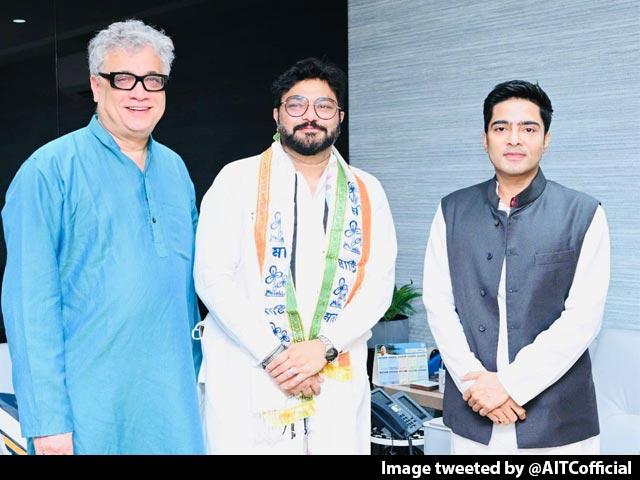 "Video : Ex BJP MP Babul Supriyo Joins Trinamool Month After ""Quitting Politics"""