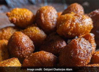 Taal-er Bora Recipe: This Sugar Palm Fritter From Bengal Includes All Things Flavourful