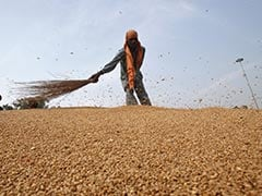IndusInd Bank Partners With Escorts To Provide Affordable Loans To Farmers
