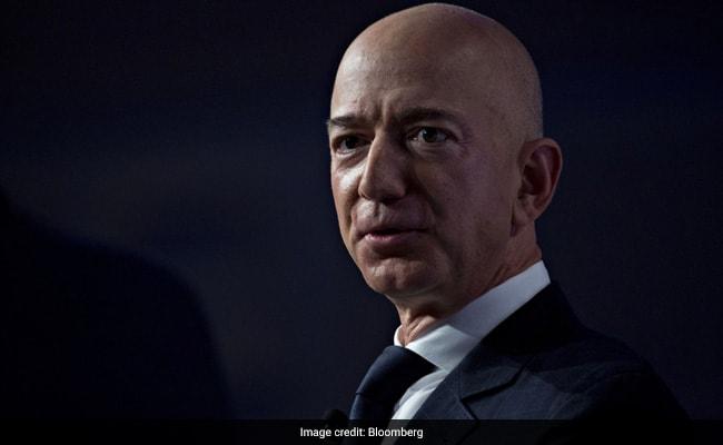 Feud Between Billionaires Elon Musk, Jeff Bezos Gets More Pointed