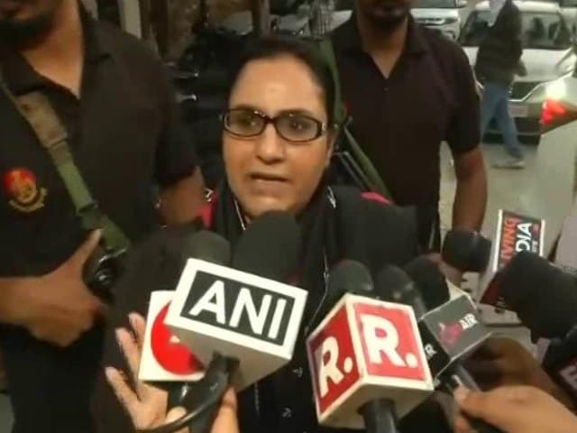 """Video : """"In Solidarity With Navjot Sidhu"""": Punjab Minister Razia Sultana Resigns"""