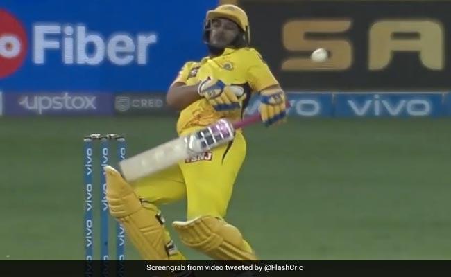 CSK vs MI in IPL 2021: Adam Milne bullet hits Ambati Rayudu, CSK player retired hurt watch video
