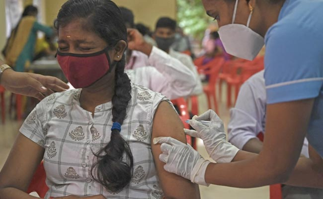 10,000 Camps, 20 Lakh Doses: Tamil Nadu's Ambitious Sunday Vaccine Drive
