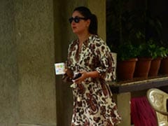 With Baby Jeh In Tow, It's Chic In The City With Kareena Kapoor In A Printed Shirt Dress And Sandals