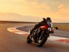 2022 Triumph Speed Triple 1200 RR Unveiled