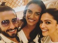 "Deepika Padukone And Ranveer Singh Had A ""Smashing Time"" With PV Sindhu At Dinner"