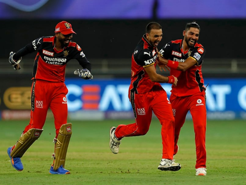 """""""Outstanding Use Of Variation"""": Twitter Applauds Harshal Patel After Hat-Trick vs Mumbai Indians"""