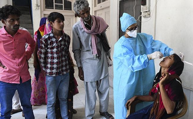 Coronavirus India Updates: राजस्थान में 3.74 करोड़ लोगों को टीके की पहली खुराक मिली