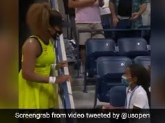 """Watch: Naomi Osaka Gifts """"Olympic Pin"""" To Young Fan At US Open"""