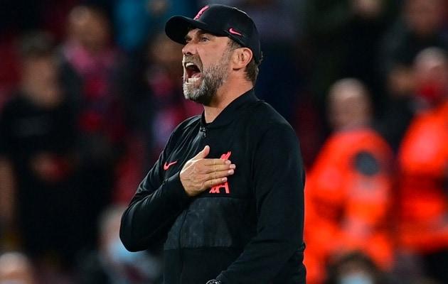 Watch Klopps Priceless Reaction After Henderson Slams Winner vs Milan