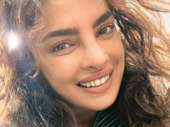 The Reason Priyanka Chopra's Selfie Is Only 10 Per Cent Face Is Obvious