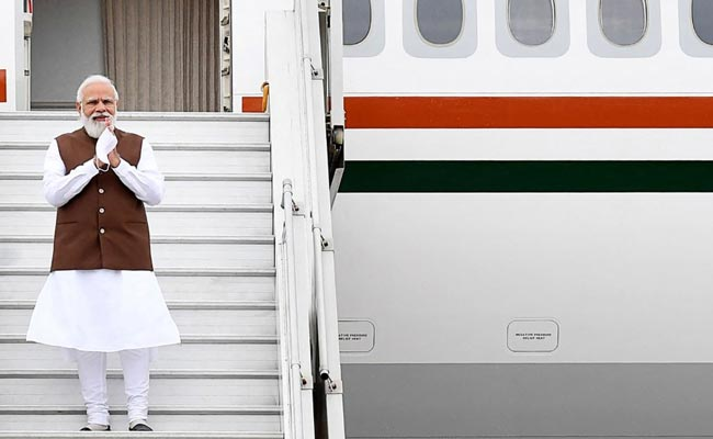 In Photos: Eager Crowd Accords Warm Welcome To PM Modi On His Visit To US