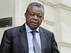 """""""Ebola Is Defeated"""", Says Congolese Professor Who Discovered Virus"""
