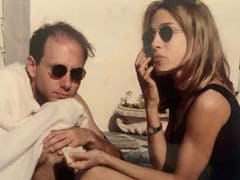 """""""It's Been Unbearable"""": Sarah Jessica Parker's Tribute To Willie Garson. It's OK To Cry"""
