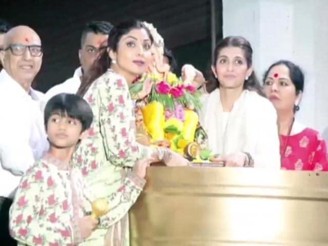 Video : Shilpa Shetty Bids Adieu To Ganpati