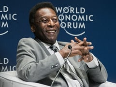 """Pele Remains In ICU After Surgery, Says He's Feeling """"A Little Better"""""""