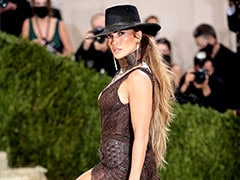 Jennifer Lopez's Cowgirl Red Carpet Glam Has Our Hearts On A Lasso