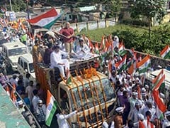"""Big Crowds As AAP Makes """"Nationalism"""" Pitch In Ayodhya Before UP Election"""
